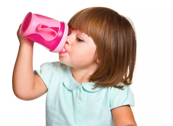 Sippy Cups: 3 Reasons to Skip Them and What to Offer Instead
