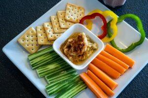 Hummus and vegtables